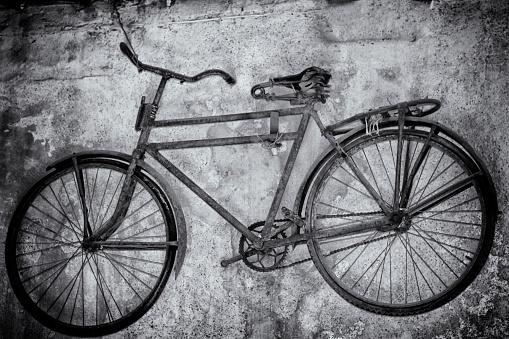 Un vélo qui prend la poussière